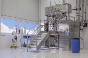 Produktion ;Herstellung und Abfüllung Naturkosmetik